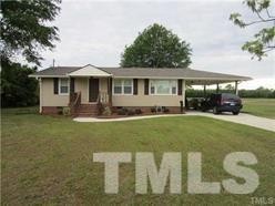 1306 W Blackman Rd, Dunn, NC 28334