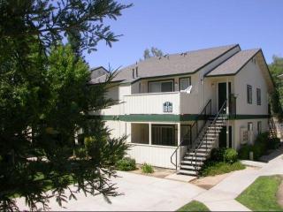 3207 W Shields Ave, Fresno, CA 93722