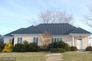 10158 Crest Hill Rd, Marshall, VA 20115