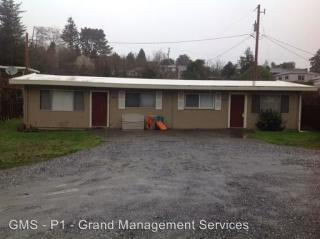 1056 1058 S 10th St, Coos Bay, OR 97420