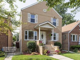 4637 W Waveland Ave, Chicago, IL 60641