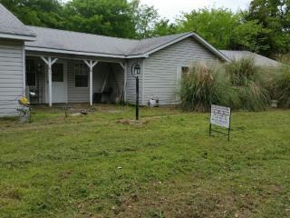 10127 Brinwood Dr, Wills Point, TX 75169