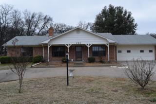 424 Kiowa Dr W, Gainesville, TX 76240