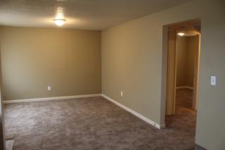 4825 NW Homestead Rd, Riverside, MO 64150
