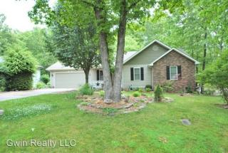 27 Briar Ct, Crossville, TN 38558