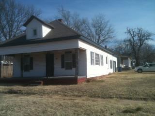 424 S Oak St, Guthrie, OK 73044