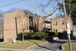 2636 Indianola Ave #D, Columbus, OH 43202