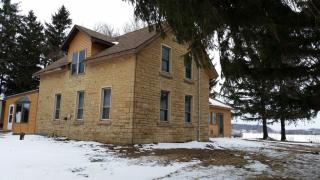 524 County Road Ss, Roberts, WI 54023