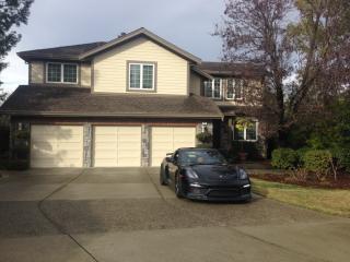 45 Woodhill Dr, Redwood City, CA 94061