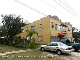 217 W Central Ave, Howey-in-the-Hills, FL 34737