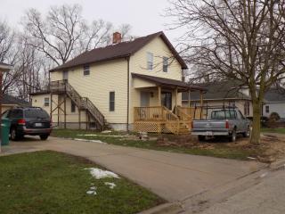508 Bennett Ave #2, Joliet, IL 60433