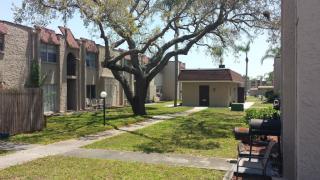 5990 54th Ave N #D7, Kenneth City, FL 33709