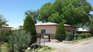 62 Orchard Rd, Belen, NM 87002