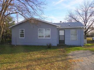 4407 Osborne St, Greenville, TX 75401