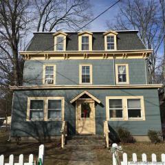 15 Grist Mill Rd, Tillson, NY 12486