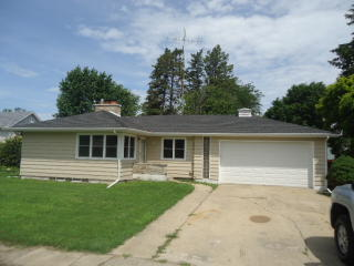 412 W Winthrop St, Earlville, IL 60518