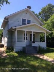 1318 Custer Ave, Rockford, IL 61103