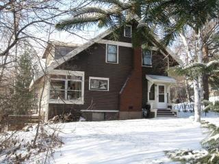 127 Chester Pkwy, Duluth, MN 55805