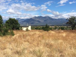 32 Cuchilla Road, Ranchos de Taos NM