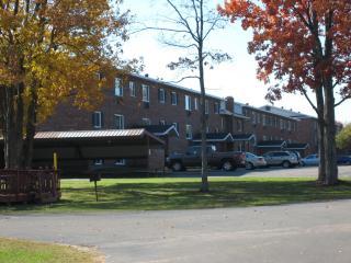 1532 W Ridge St, Marquette, MI 49855
