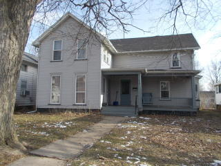 439 S Chestnut St, Princeton, IL 61356