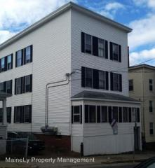 32 Hill St, Biddeford, ME 04005