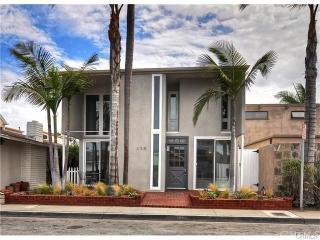 456 Prospect St, Newport Beach, CA 92663