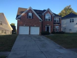 12231 Hampton Place Dr, Charlotte, NC 28269