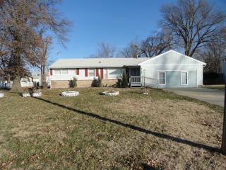 8100 E 67th St, Kansas City, MO 64133