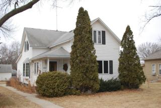 609 14th Ave, Brookings, SD 57006