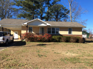 916 9th Ave, Pleasant Grove, AL 35127