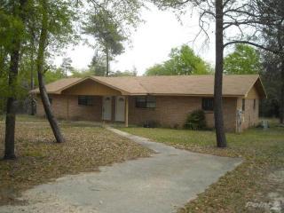 1082 N 20th St, Defuniak Springs, FL 32433
