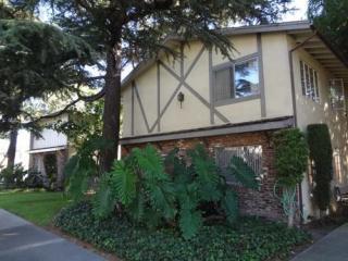 2036 5th St #4, Glendale, CA 91201