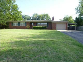 205 Cedar Lane Drive, Winfield KS