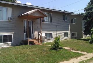 935 Pearl St, Prescott, WI 54021