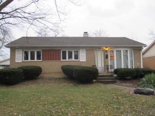 933 Park Ave, Thornton, IL 60476