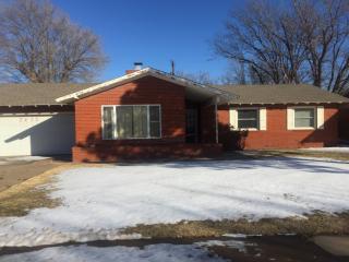 2422 Christine St, Pampa, TX 79065