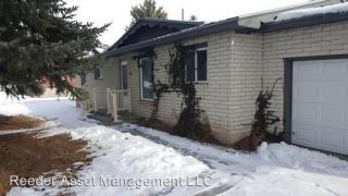 971 Tremont St, Tremonton, UT 84337