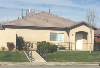 719 W Day Ave, Bakersfield, CA 93308