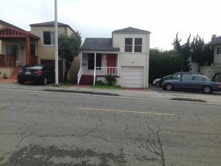 702 Solano Ave, Albany, CA 94706