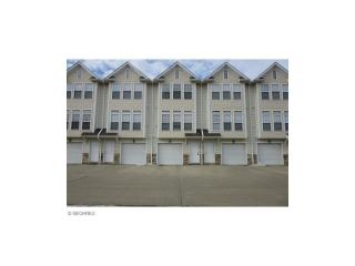 30056 Euclid Ave #10, Wickliffe, OH 44092