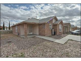 1136 Valley Ridge Dr, El Paso, TX 79927