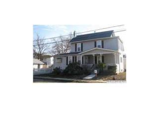 24 Elizabeth St, Keyport, NJ 07735