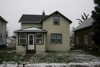 1328 9th Ave, East Moline, IL 61244