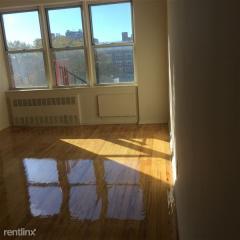 192 E 8th St, Brooklyn, NY 11218