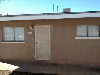 904 Foster Rd, Las Cruces, NM 88001