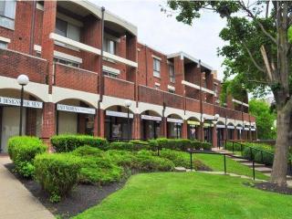 3901 Conshohocken Ave, Philadelphia, PA 19131