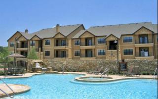 101 N Roaring Springs Rd, Westworth Village, TX 76114