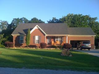 305 Henley St, Pulaski, TN 38478