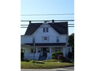 132 Boston Post Rd, East Lyme, CT 06333